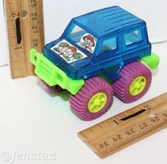 "CHUCK E CHEESE'S MOUSE 3"" MONSTER 4X4 TOY CAR TRUCK VEHICLE ROLL REV & GO 1:43 #WayFormed #4x4monstervehicle"