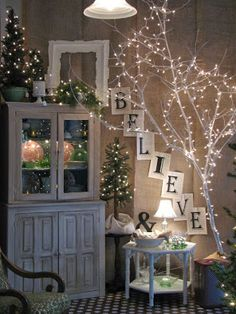 #christmas #room #believe #christmasroom #love #loveit #christmastree #lamps