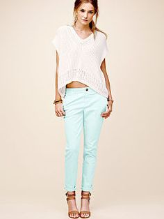 Relaxed Low-rise Chino Pant
