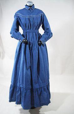 Crisp 1890's Victorian Blue Calico Day Dress / Wrapper