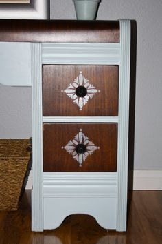 MakeMePrettyAgain: The Horrendous Waterfall Desk Makeover - Stenciled Drawers. Furniture Update, Art Deco Furniture, Diy Furniture Projects, Refurbished Furniture, Ikea Furniture, Furniture Making, Furniture Makeover, Painted Furniture, Refinished Desk