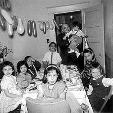 Vintage child's birthday party photo, 1960's. Retro Birthday Parties, Vintage Birthday, Today Is Your Birthday, Happy Birthday, Party Photos, Vintage Children, 1960s, Birthdays, Double Trouble
