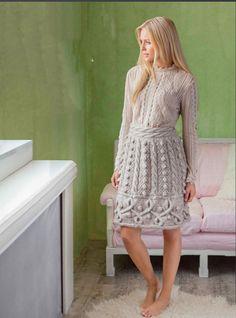 Теплая юбка с косами и шишечками спицами