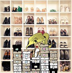 Dia de organizar o closet e me preparar para a viagem. Adoro separar os sapatos por cores, facilita tanto o dia a dia   www.milaa.com.br