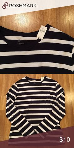 Men's GAP Essential Tee BRAND NEW! Men's long sleeve essential tee from GAP! Size medium. Blue and white stripe. GAP Shirts Tees - Long Sleeve