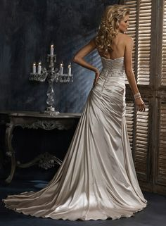 Scarlet - by Maggie Sottero