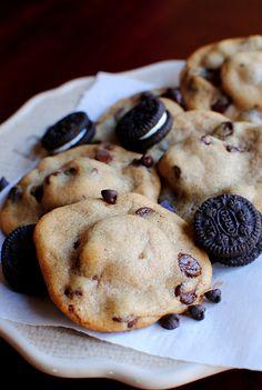 "yummyinmytumbly: "" Mini Oreo Stuffed Chocolate Chip Cookies """