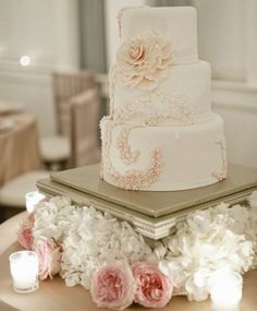 Wedding cake idea; Featured Photographer: BobbyMark's Designs