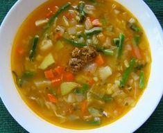 provensálká polévka, imunita Slovak Recipes, Czech Recipes, Ethnic Recipes, Soup Recipes, Recipies, What To Cook, Thai Red Curry, Nom Nom, Food Porn