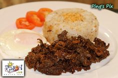 Filipino Beef Tapa Recipe (Cured Beef), usually served in carinderias and fast foods chains. Combined Beef Tapa, with sinangag (fried rice), and itlog (egg), is called Tap-Si-Log. Read more: www. Filipino Dishes, Filipino Recipes, Asian Recipes, Beef Recipes, Cooking Recipes, Ethnic Recipes, Filipino Food, Beef Meals, Yummy Recipes