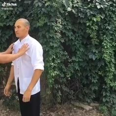 Fight Techniques, Martial Arts Techniques, Self Defense Techniques, Martial Arts Videos, Kung Fu Techniques, Krav Maga Techniques, Hapkido, Self Defense Moves, Self Defense Martial Arts