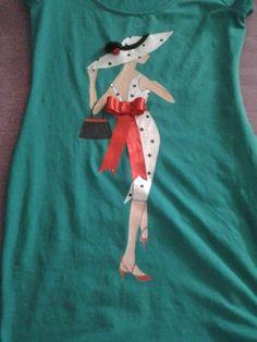 Camiseta/vestido con dibujo pintado a mano, con silueta de mujer, vestido de lunares con detalle de lazo y flores de raso en la pamela