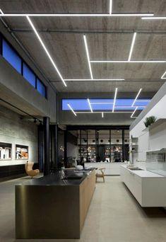 luminous ceiling, large kitchen spectacular illuminated industrial ceiling Office Lighting, Interior Lighting, Home Lighting, Ceiling Lighting, Lighting Showroom, Bar Lighting, Lighting Ideas, Ceiling Ideas, Unique Lighting