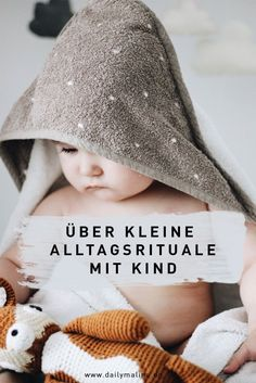 Über kleine Rituale im Alltag mit Baby und Kleinkind About small rituals in everyday life with baby and toddler Baby Health, Kids Health, Rebecca Minkoff, Baby Zimmer, Parenting Teens, Parenting Styles, Parenting Quotes, Twin Babies, Mom And Baby