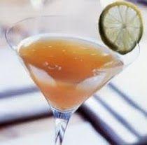 BLACK WIDOW  Tipologia: Cocktail alcolico  RICETTA: 4-5 cubetti di ghiaccio 2 parti di rum scuro 1 parte di Southern Confort succo di 1/2 Lime 1 goccia di sciroppo di zucchero 1 fettina di lime per decorare   PREPARAZIONE: Mettete i cubetti di ghiaccio nello shaker. Versatevi Rum scuro, Southern Comfort, succo di Lime e sciroppo di zucchero. Shakerate per bene e filtrate in una coppetta da cocktail precedentemente raffreddata. Decorate con una fettina di Lime