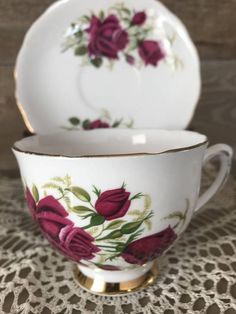 Beautiful Colclough Pink Roses Tea Cup and Saucer perfect to add to a current collection or to have for your next tea party would also make a great vintage gift. Lovely pink roses on the front and back of the cup and pink roses on the face of the saucer. There is gold trim on the rim,