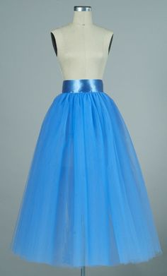 How to hem a tulle skirt - sewing