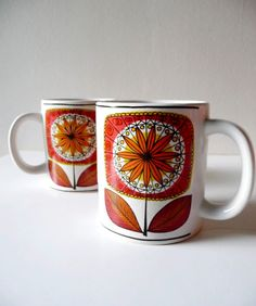 Color of the Week: TANGERINE Nice mugs. From Alix.