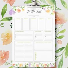 Hsve you seen the totally pretty and functional #todolist #printable that @lieflingkind shared with is on Friday?! #linkinbio #gettingorganised #prettyorganised #prettydesign #prettypetals