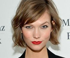 17 Stylish Short Hairstyles with Bangs in Short haircuts with bangs A short haircut will never go out of style. It does not require long and complex care and perfectly rejuvenates the face., Short Haircuts # fishtail Braids w Short Haircuts With Bangs, Girl Haircuts, Asymmetrical Bob Haircuts, Wavy Bob Haircuts, Short Hair With Bangs, Short Hair Cuts, Bobs For Thin Hair, Bob With Fringe Fine Hair, Bob Haircut For Fine Hair