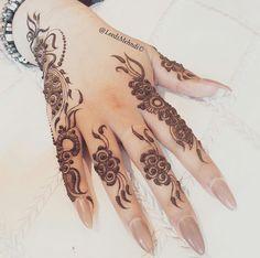 Mehndi henna deep flowers