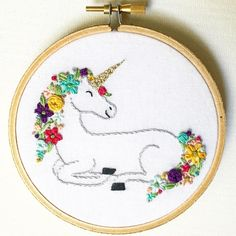 "Gefällt 165 Mal, 21 Kommentare - Cortney Saunders (@cocoshoopla) auf Instagram: ""Get your own floral unicorn hoop in my shop! Link in bio! #cocoshoopla #unicorn #unicorns…"""