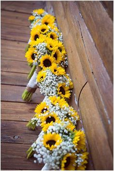 How to incorporate sunflowers into your wedding theme--rustic wedding bouquets w. How to incorporate sunflowers into your wedding theme--rustic wedding bouquets with sunflowers and baby breath, spring c. Diy Bouquet Mariage, Diy Wedding Bouquet, Country Wedding Bouquets, Wedding Cake, Wedding Shot, Wedding Poses, Wedding Dresses, Sunflower Bouquets, Sunflower Wedding Flowers