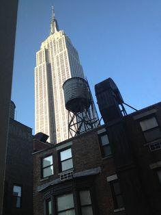 L empire State Building depuis la fenêtre de ma chambre !