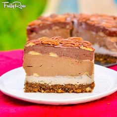 fully raw chocolate pecan pie by fully raw kristina! healthy!