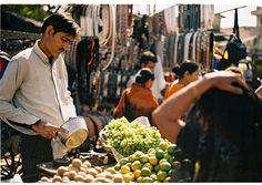 Walk in the vibrant street markets of Agra   Padhaaro
