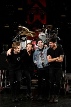 5 Seconds of Summer at Allphones Arena before their Sydney show - June 20, 2015