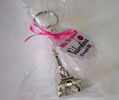 Recuerdo Para Xv Años Torre Eiffel Color Plata - $ 6.50 en Mercado Libre Paris Sweet 16, 9th Birthday Parties, Ideas Para Fiestas, Paris Theme, Quinceanera, Bridal Shower, Paper Crafts, Color Plata, Party