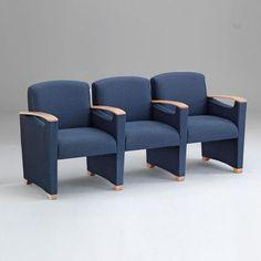 Lesro Somerset Three Seats with Center Arm Finish: Walnut, Material: Kilkenny Tweed Nightshade Vinyl