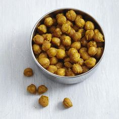 Chickpeas roasted in the oven become a tasty, healthy snack in this easy recipe. If making a double batch, be sure to use two rimmed baking sheets so the chickpeas have enough room to crisp up. Chickpea Snacks, Healthy Vegan Snacks, Chickpea Recipes, Healthy Eating, Healthy Recipes, Tasty Snacks, Healthy Breakfasts, Savory Snacks, Protein Snacks