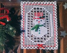 Christmas, Halloween, Decorations and Free Grids, The Hook Crochet Christmas Decorations, Christmas Crochet Patterns, Snowman Decorations, Christmas Knitting, Halloween Decorations, Crochet Tree, Crochet Snowman, Filet Crochet, Christmas Snowman