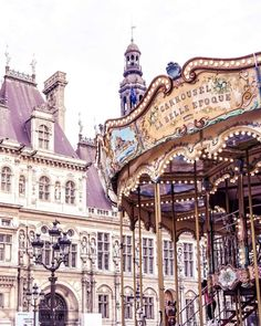 A complete guide to finding carousels and merry go rounds in Paris, France