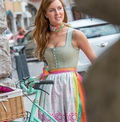 Susanne Spatt - Trachtenmode - Salzburg, exklusive Seidendirndl, Hochzeitsdirndl, Tracht von höchster Qualität. - TRACHT. heute, Qualität ha...