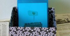 Blog de cosas bonitas, manualidades, estilos de vida, y mucho más. Fabric Covered Boxes, Storage Boxes, Upcycle, Baby Shower, Sewing, Cardboard Boxes, Crafts, Blog, Craftsman Deck Boxes