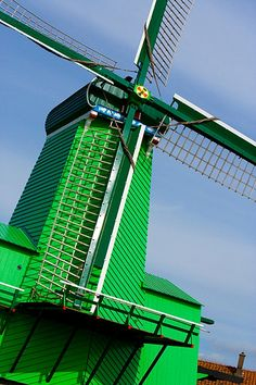 Holland - Jim Zuckerman Photography - Windmill in Zaandam Best Front Door Colors, Best Front Doors, Amsterdam, Holland Netherlands, Water Tower, Le Moulin, World Of Color, Shades Of Green, Places To See