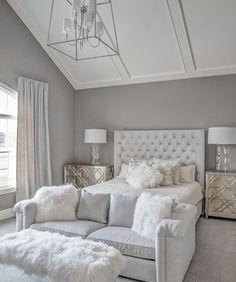 Stunning all white glam bedroom decor with white velvet tufted bed and sheepskin. Stunning all white glam bedroom decor with white velvet tufted bed and sheepskin bench IVO DE JONG White Bedroom Decor, Glam Bedroom, Stylish Bedroom, Room Ideas Bedroom, Home Decor Bedroom, Modern Bedroom, Contemporary Bedroom, Bedroom With Couch, Diy Bedroom