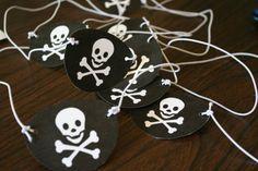 diy parche fiesta pirata niños decoración cumpleaños calavera pirate patch party children kids birthday decoration skull miraquechulo