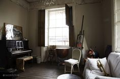 SHOOTFACTORY: london houses / tavern, london E1