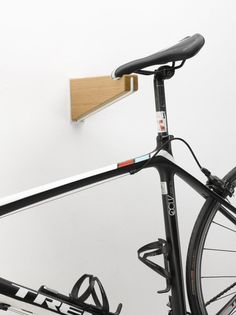 These unique bike holders are made with a passion for cycling and an attention to detail. Elevating your bike off the floor often makes use of unused wall space and frees up much needed floor space. They give both a stylish and minimalist support to various bike sizes and weights holding your bike 330 mm [...]