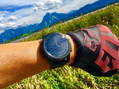 Garmin- Garmin The Fenix from Garmin feels most comfortable outside. Then grab the sturdy all-rounder and enjoy with it the freedom of untouched nature 🌳. The smartwatches are within your grasp: www. Smartwatch, Cute Watches, Shops, Rose Gold Watches, Freedom, Feels, Accessories, Collection, Nature