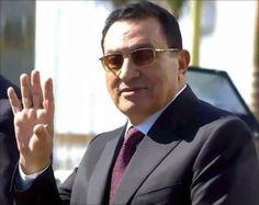 مبارك يخرج عن صمته و اول حوار له يفجر مفاجأة منذ ان تنحى عن الحكم