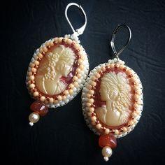 BW65 Pride & Prejudice - beaded earrings with Czech glass cameo, indpired by regency / georgian jewelry