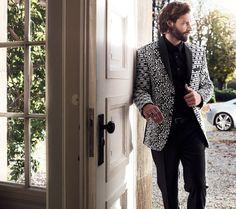 Das deutsche Label ZOHAC repräsentiert hochqualitative und einzigartige Männermode, gefertigt in Europa. Für weitere Informationen bitte besuchen Sie: www.proudmag.com