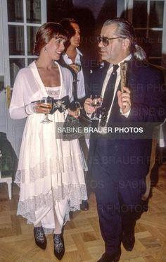 Monaco Royal Family, Princess Caroline Of Monaco, Karl Lagerfeld, Her Style, 1980s, Diana, Charlotte, Royalty, Dressing