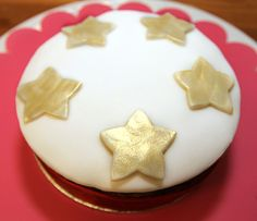 Christmas Cake Recipe – Part 2 Decorating Tips, Cake Decorating, Confectionery, Pixie, Food To Make, Cake Recipes, Treats, Make It Yourself, Cakes
