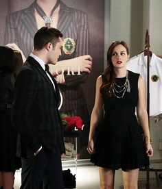 Love this black dress and necklace. Red lips are good. The hair is so close to being nice. Blair Waldorf on Gossip Girl